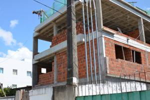 Construção em João Pessoa (Foto: Walter Paparazzo/G1)