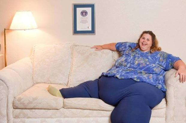 Pauline Potter, que mora em Sacramento, pesa 291,6 quilos. (Foto: Reprodução/Guinness)