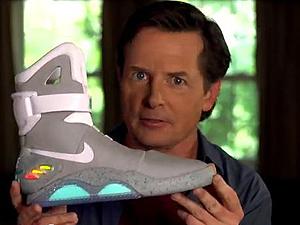 Michael J. Fox exibe o Nike Air Mag (Foto: Divulgação)