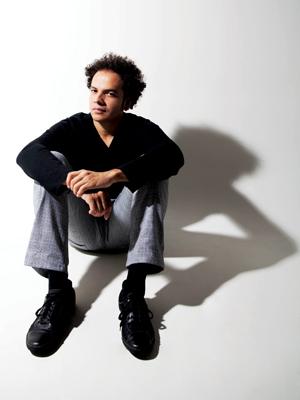 O cantor e curador Zé Ricardo (Foto: Divulgação)