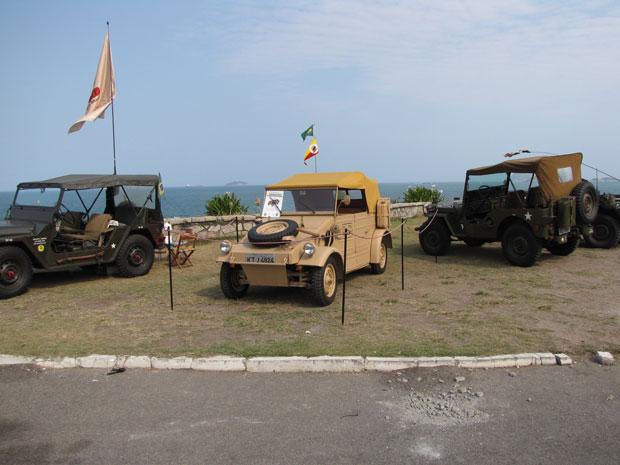 Veículos militares ficam expostos no forte até este domingo (11) (Foto: Luis Fernando Padron/VC no G1)