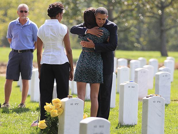 Obama abraço (Foto: AP Photo/Carolyn Kaster)