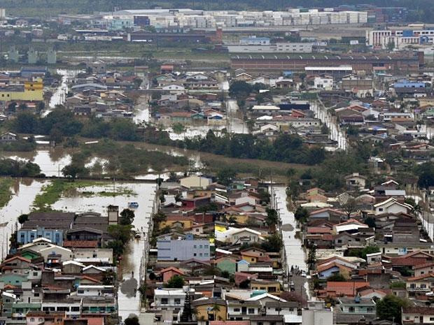 Santa Catarina segue em estado de alerta na manhã deste sábado (10) (Foto: Divulgação/ Defesa Civil de SC)