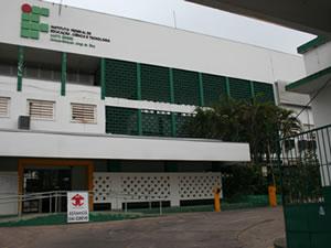 IFMT fachada (Foto: Leandra Ribeiro/G1)