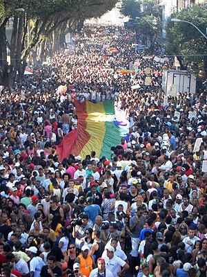 Parada Gay em Salvador (Foto: Romildo de Jesus/AE)