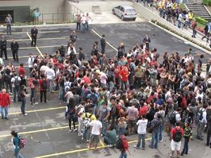 Estudantes protestaram na Uerj (Foto: Lilian Quaino/G1)