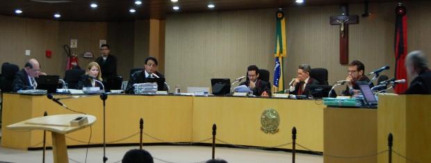 Pleno do TRE-PB julga cassação do prefeito de Campina Grande (Foto: Rammom Monte/G1)