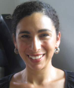 Shoshana Hebshi diz que foi presa por conta de sua aparência. (Foto: AP)