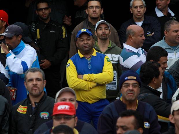 Funcionários dos Correios em assembleia em SP (Foto: J B Neto/Agência Estado)