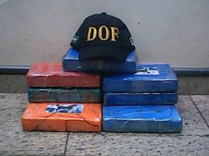 Polícia apreende 10,8 kg de cocaína na MS-164, em Ponta Porã - MS (Foto: Divulgação/DOF)