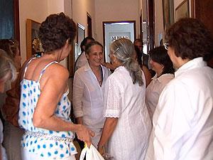 Maria Bethânia, na festa de Dona Canô (Foto: Reprodução/TV Bahia)