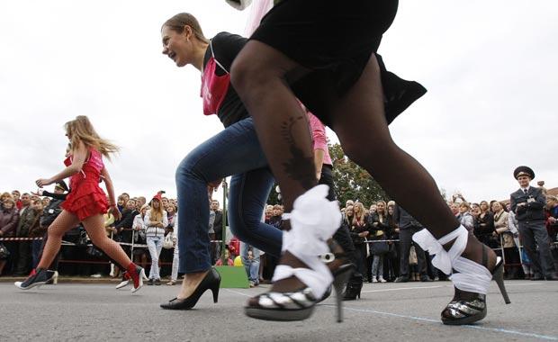 Participantes durante a corrida. (Foto: Vladimir Nikolsky/Reuters)