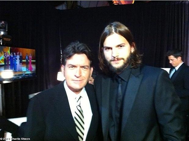 Charlie Sheen e Ashton Kutcher (Foto: Divulgação)