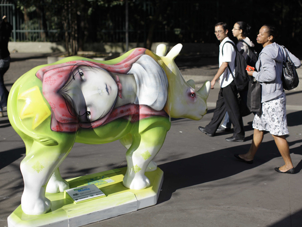 rinoceronte (Foto: Nelson Antoine/Foto Arena/AE)