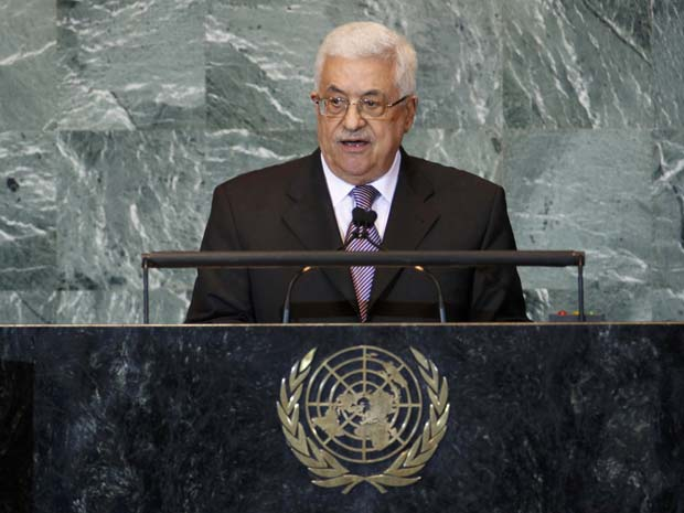 O presidente palestino, Mahmoud Abbas, discursa na Assembleia Geral da ONU nesta sexta-feira (23) (Foto: AP)