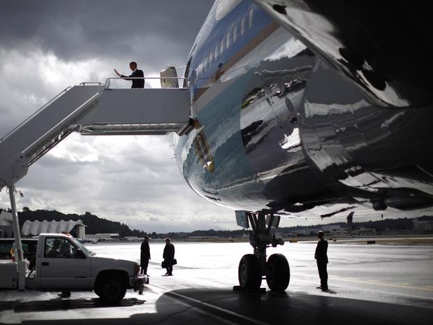 presidente dos Estados Unidos, Barack Obama, chegou neste domingo (25) à cidade de Seattle  (Foto: Jason Reed/Reuters)