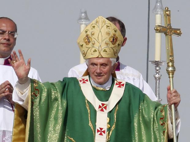 Papa Bento XVi durante cerimônia no último dia da terceira visita à Alemanha desde 2005. (Foto: Michael Probst / AP Photo)