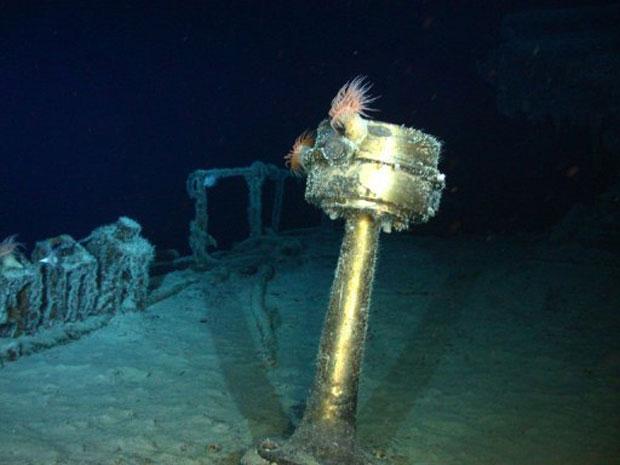 Bússola do navio é vista em imagem subaquática (Foto: AFP/Odyssey Marine Exploration)