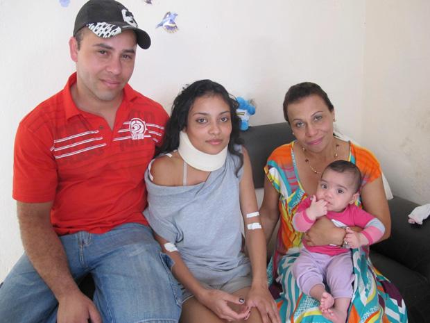 Família atravessava rua no centro de Franco da Rocha quando Carolina foi atingida pelo carro de Godói (Foto: Letícia Macedo/ G1)