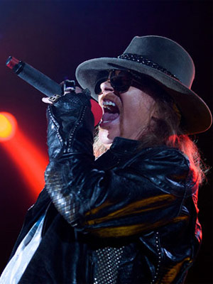 O vocalista do Guns N' Roses, Axl Rose (Foto: AP)