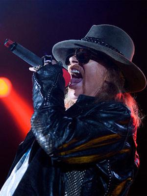O vocalista do Guns N' Roses, Axl Rose (Foto: AP)