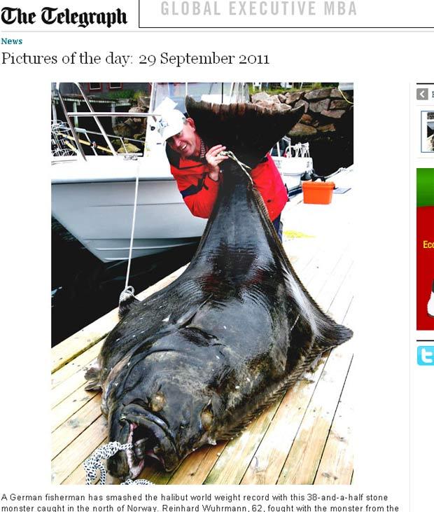 Reinhard Wuhrmann fisgou um peixe alabote de 244,5 quilos e 2,51 metros. (Foto: Reprodução)
