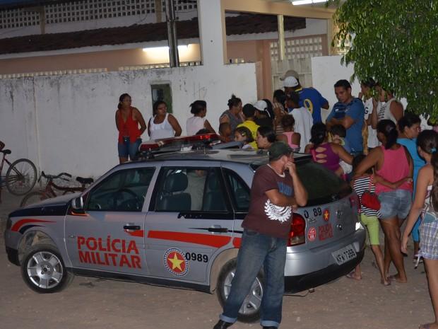 Homem é executado dentro de escola em João Pessoa (Foto: Walter Paparazzo/G1 PB)