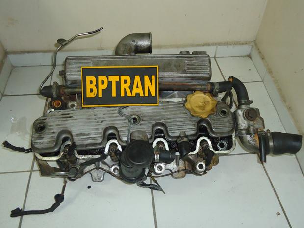 Motor foi roubado de veículo oficial do Governo da Paraíba (Foto: Pereira Júnior/1ºBPM)