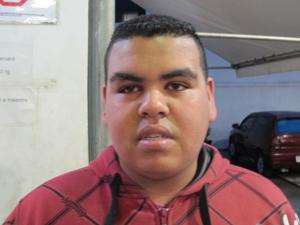 Rapaz que viu agressão (Foto: Roney Domingos/G1)