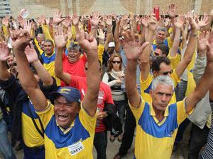 ssembleia no DF rejeita proposta da direção dos Correios (Foto: André Dusek/AE)