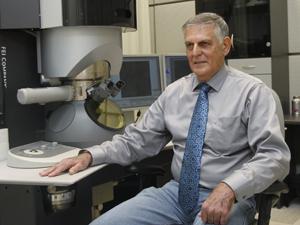 O cientista Daniel Shechtman, ganhador do Nobel de Química de 2011. (Foto: Baz Ratner / Reuters)