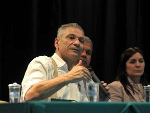 Angelo Vanhoni está no segundo mandato como deputado federal pelo Paraná (Foto: Divulgação)