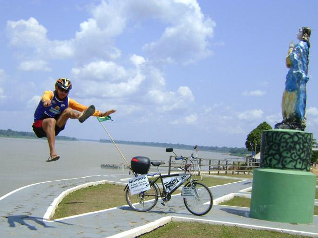 Amazonense Valdeni Pinheiro Alves, 33 anos, quer passar por 26 estados e o Distrito Federal em menos de 345 dias (Foto: Arquivo Pessoal/Valdeni Pinheiro Alves)