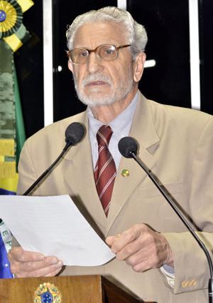 """Reditário Cassol deefndeu volta aos """"velhos tempos"""", quando """"cadeias que viviam praticamente vazias"""" (Foto: Waldemir Barreto/Agência Senado)"""
