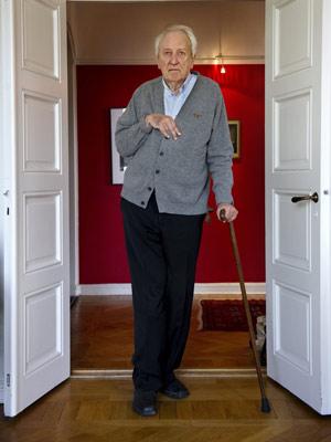 O sueco Tomas Tranströmer, vencedor do Nobel de Literatura (Foto: AP)