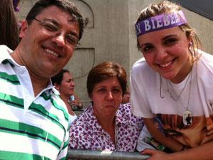 Adolescente troca festa de 15 anos por show  (Luciana Bonadio/G1)