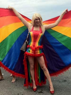 Muito colorido na Parada Gay (Foto: Renata Soares/G1)