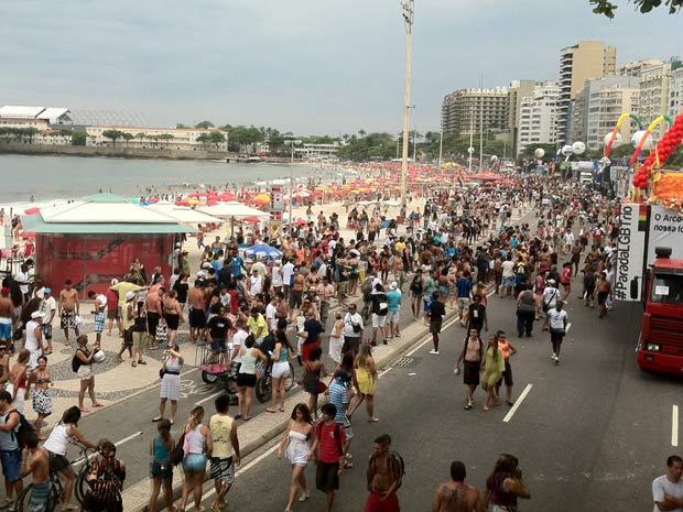 Concentração para a Parada Gay em Copacabana (Foto: Renata Soares/G1)