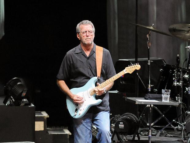 Eric Clapton, que não se apresentava no Rio desde 2001, tocou sucessos de várias fases da carreira, como 'Layla', 'Badge', 'Old love' e 'Cocaine' (Foto: Alexandre Durão/G1)