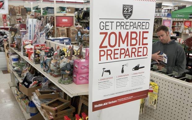 Loja de ferragens explora Halloween para aumentar vendas. (Foto: Nati Harnik/AP)