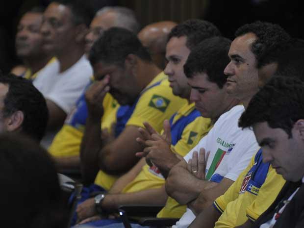Trabalhadores dos Correios acompanham julgamento da greve no TST (Foto: Agência Brasil)