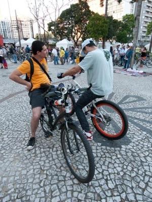Os seis bicicletários serão licitados individualmente (Foto: Vinicius Sgarbe/ G1 PR)