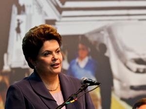 A presidente Dilma Rousseff, durante discurso em Curitiba.  (Foto: Roberto Stuckert Filho/PR)