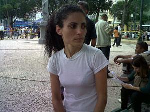 Michelle escapou do acidente na hora que foi entregar uma mochila (Foto: Carolina Lauriano/G1)