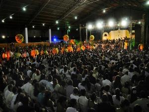 Casamento comunitário reúne 900 casais (Foto: Assessoria/Secom-MT)