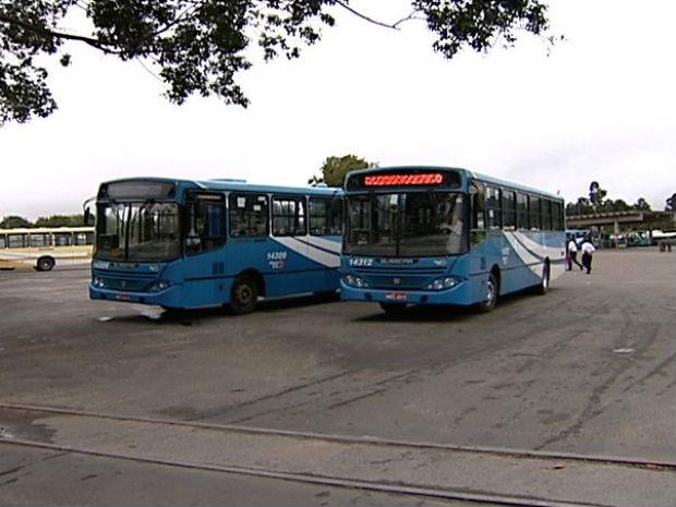 Linha de ônibus é paralisada na Grande Vitória (Foto: Reprodução/TV Gazeta)