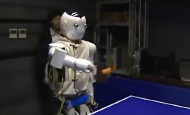 sem titulo 1  Robôs chineses jogam tênis de mesa um contra o outro e contra humanos