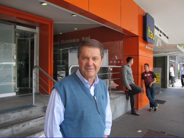 Comerciante considerou o movimento normal na agência bancária que costuma frequentar na Avenida Paulista (Foto: Letícia Macedo / G1)