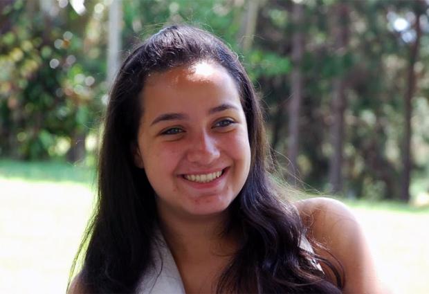 Isabella Castro tirou certificado do ensino médio com nota do Enem (Foto: Arquivo pessoal)