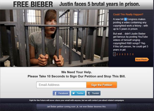 Site protesta contra projeto de lei, que pode prender artistas que surgiam com coversa na web como Justin Bieber (Foto: Reprodução)